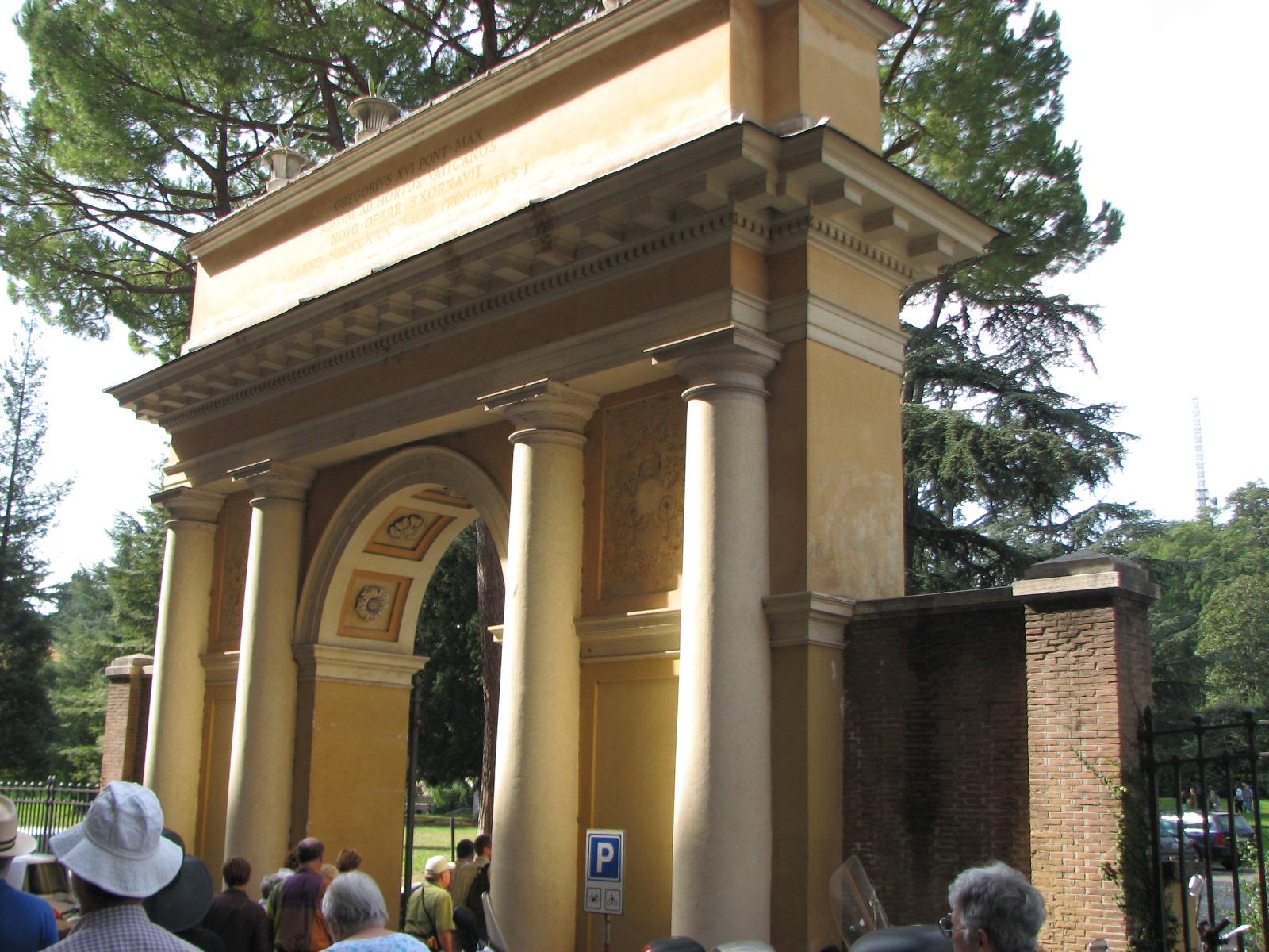 images/photos/50 Mom and Dads Rome Trip/Vatican Gardens 10 6 07 ...